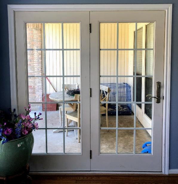 15 Lite Double Door Center Hinged Unit